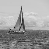 消遣游艇在海 库存照片