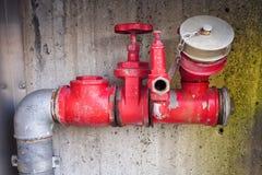 消防员的水附件 库存照片