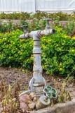 消防栓老水 免版税库存照片