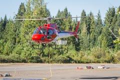 消防队员直升机 库存照片