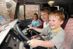 年轻消防队员 免版税库存图片