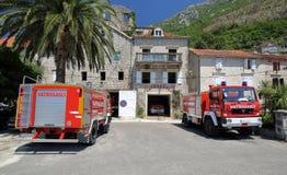 消防队在Perast 免版税库存照片