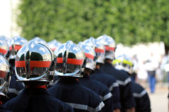 消防队游行 免版税库存照片