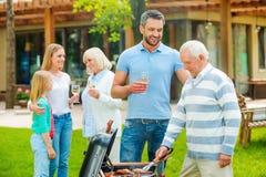 消费与家庭的质量时间 免版税库存照片