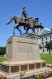 涉过汉普顿III骑马者雕象 免版税库存图片