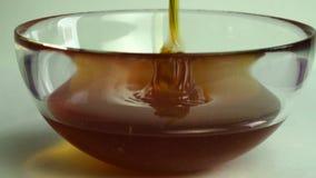 涌入玻璃碗的蜂蜜 股票录像