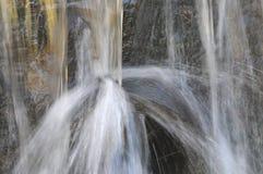 涌出的水 免版税库存图片