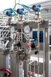 涡轮压力测量的小组 发电站 免版税库存照片