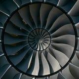 涡轮叶片飞过作用抽象分数维样式背景 圈子圆的涡轮叶片生产金属背景 Turbi 免版税图库摄影