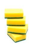 洗涤的盘的四块厨房海绵在白色背景 免版税库存照片