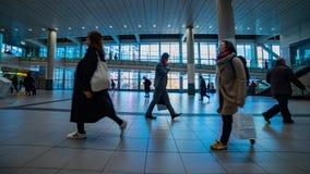涩谷驻地的走的人在东京timelapse 影视素材