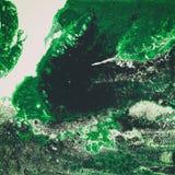 液体丙烯酸漆,液体艺术品,与色的被绘的细胞,污点的抽象五颜六色的背景 绿色减速火箭 库存图片