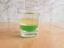 液体的密度 库存照片