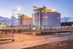 液化天然气储存箱 库存照片