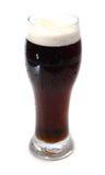 淡啤酒啤酒冷黑暗的烈性黑啤酒 库存图片