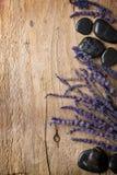 淡紫色温泉石头 图库摄影