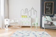 淡色在您的婴孩室 免版税库存图片