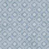 淡蓝和白色马耳他十字形标志瓦片样式重复Bac 免版税库存照片