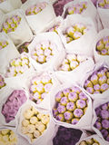 淡紫色花花束对市场的 图库摄影