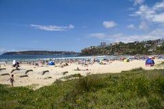 淡水,悉尼, AUSTRALIA-DECEMBER第27 2013年:在a的海滩 库存图片