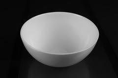深和圆的瓷碗 图库摄影