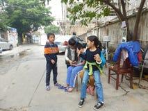 深圳,中国:孩子使用 免版税库存图片