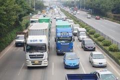 深圳,中国:107国民公路交通 库存图片