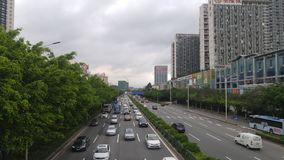深圳,中国:107国民路汽车风景 免版税库存图片