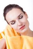 深度域重点浅软的毛巾妇女 库存图片