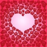 深红玫瑰的心脏在桃红色背景的 免版税图库摄影