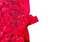 深红玫瑰花瓣框架  库存图片