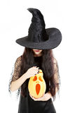 年轻深色的巫婆 免版税库存照片