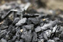 深色的朦胧的木炭 免版税库存图片