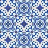 从深蓝和白色摩洛哥,葡萄牙瓦片, Azulejo,装饰品的华美的无缝的补缀品样式 免版税库存照片