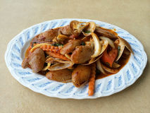 混乱与烤辣椒酱的油煎的蛤蜊 库存照片