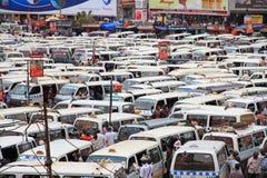 混乱坎帕拉乌干达公开汽车站 库存照片