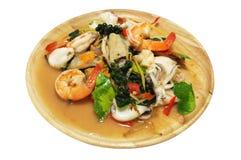 混乱油煎了辣海鲜用混杂的草本,泰国食物 库存照片