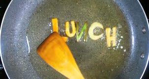 混乱油煎混杂的字母表信件,词午餐 股票录像