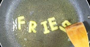 混乱油煎混杂的字母表信件,词油炸物 股票视频