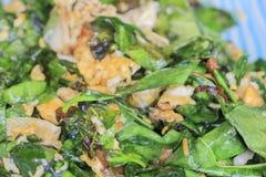 混乱油煎的菜用鸡蛋:南部泰国传统食物 免版税图库摄影