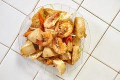 混乱油煎的辣虾豆腐 库存图片