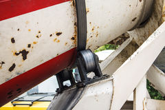 混凝土搅拌机卡车轴承  免版税库存图片