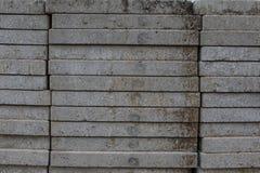 混凝土板和建造场所工作者 免版税库存照片