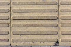 混凝土瓦有条纹样式纹理背景 免版税库存图片