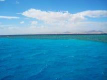 混合红海的水地方  西奈,埃及 免版税库存图片
