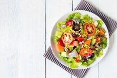 混合水果和蔬菜沙拉 库存照片