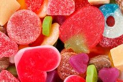 混杂的五颜六色的果冻糖果 免版税图库摄影