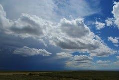 混杂的天空在蒙大拿 库存照片