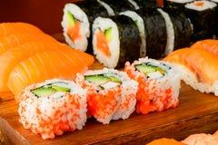 混杂的寿司板材 免版税库存照片