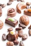 混杂的比利时果仁糖 巧克力空白查出的块菌 库存图片
